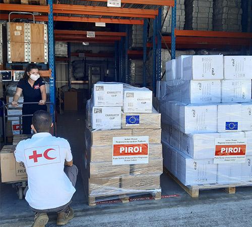 Les plateformes d'intervention régionale de la Croix-Rouge française sont pleinement mobilisées dans la lutte contre le Covid-19, dans l'océan Indien et dans la zone Amérique-Caraïbes.